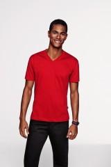 # 226 T-Shirt besticken und bedrucken